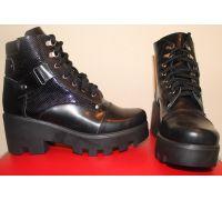 Женские ботинки (чёрные)