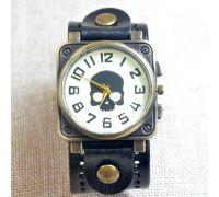 Часы с кожаным ремешком (череп)